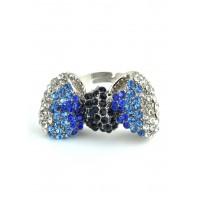 КО1998-8 Кольцо безразмерное бантик с синими камнями, длина 3,5см, широта 2см