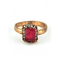 КО2805-1к-17 кольцо с красным камнем размер 17